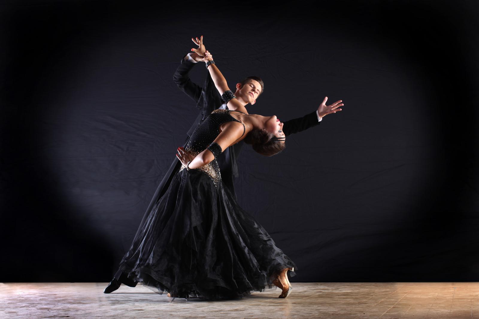 Танцы картинки спортивные