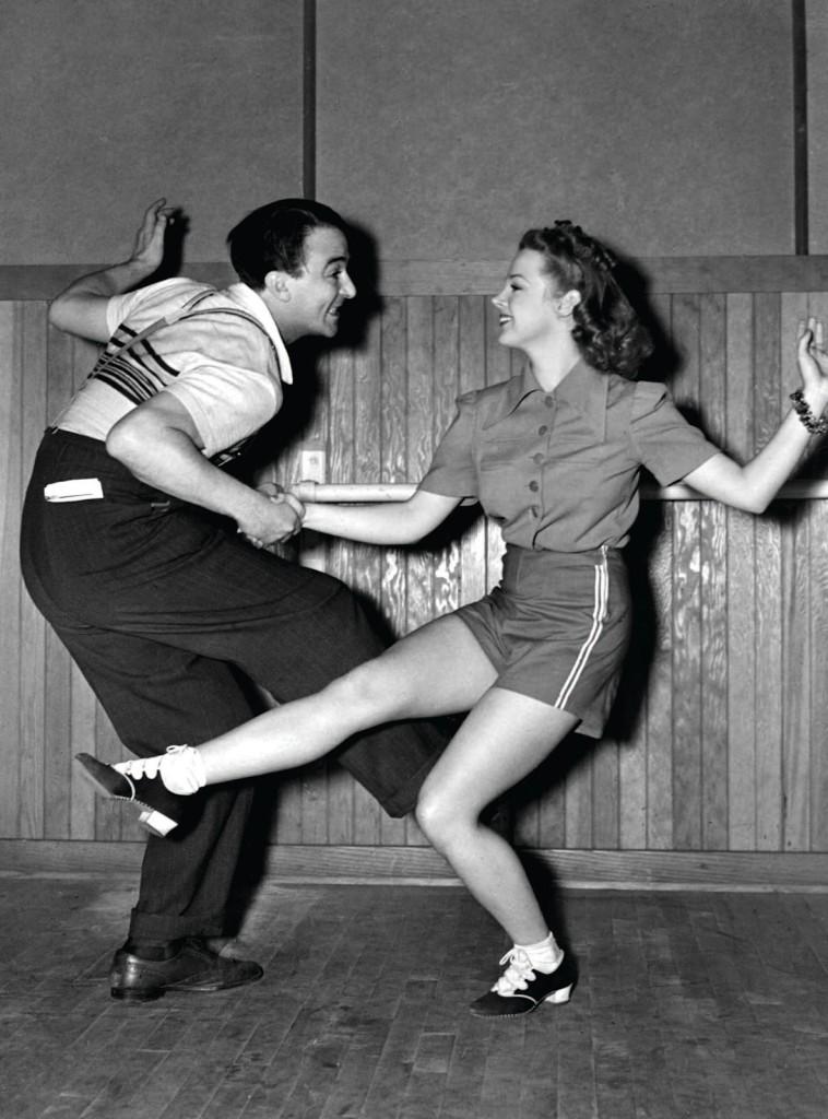 ball chicago swingers