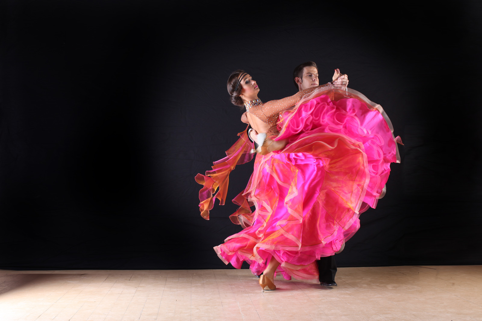 "social ballroom dance We are a full service social studio offering ballroom, latin, and swing testimonials ""dancing at social graces and taking dance lessons has really."